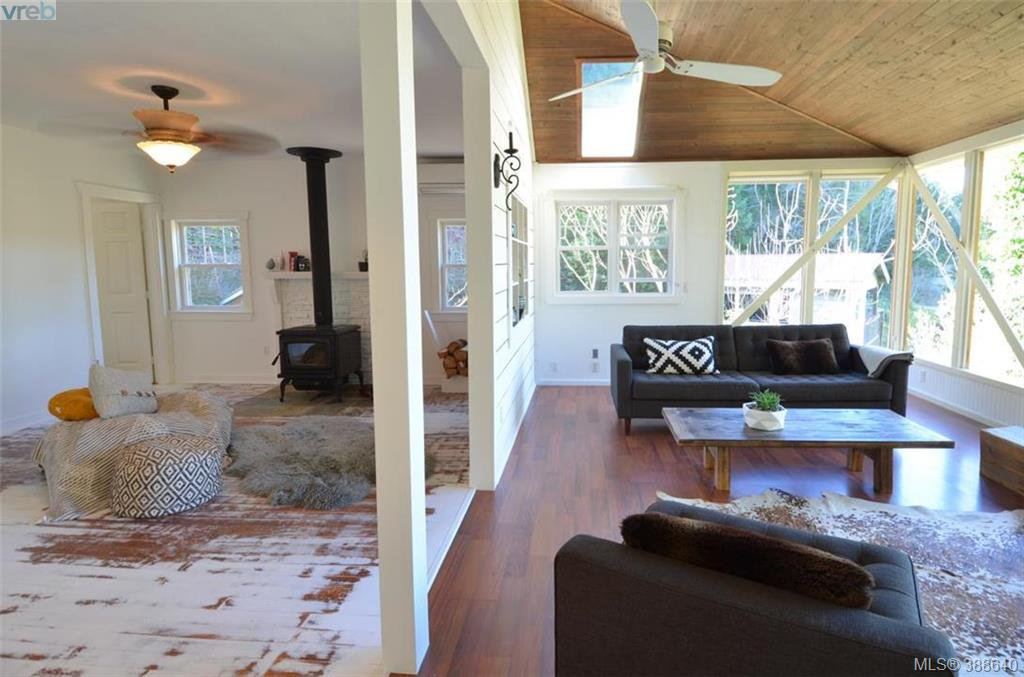 Photo 7: Photos: 255 North View Pl in SALT SPRING ISLAND: GI Salt Spring Single Family Detached for sale (Gulf Islands)  : MLS®# 781019