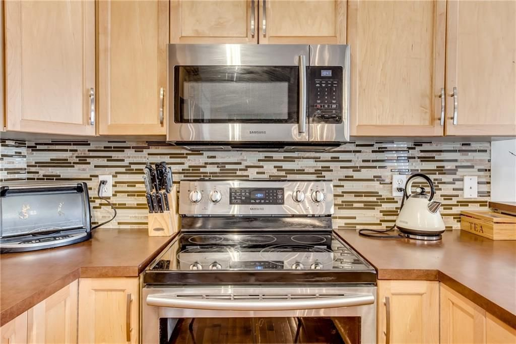 Photo 8: Photos: 260 EVERGLEN Way SW in Calgary: Evergreen House for sale : MLS®# C4175004