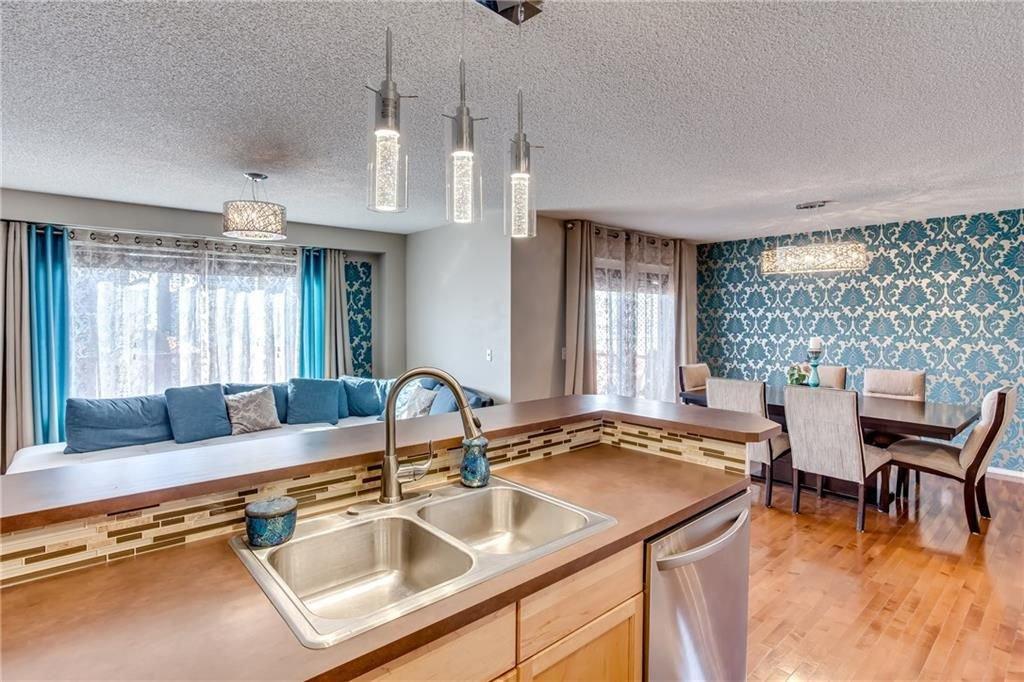 Photo 9: Photos: 260 EVERGLEN Way SW in Calgary: Evergreen House for sale : MLS®# C4175004