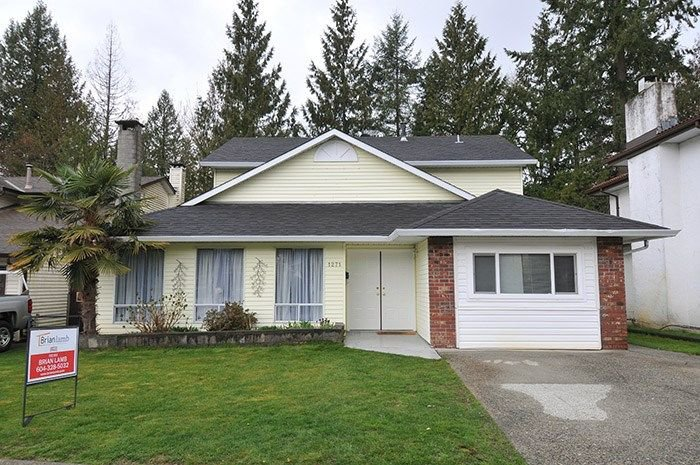 Main Photo: 1271 RIVER Drive in Coquitlam: River Springs House for sale : MLS®# R2253558