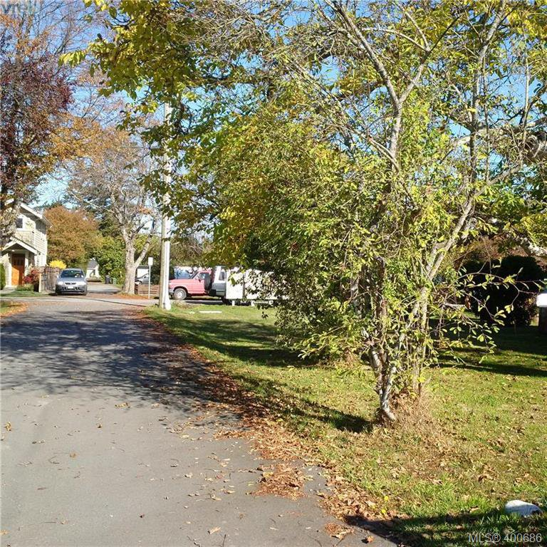 Main Photo: 2355 Orchard Ave in SIDNEY: Si Sidney South-East Land for sale (Sidney)  : MLS®# 799546