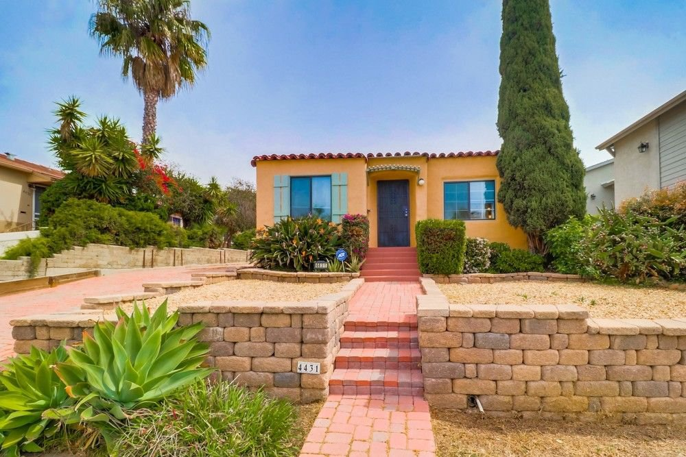 Main Photo: TALMADGE House for sale : 4 bedrooms : 4431 49Th St in San Diego