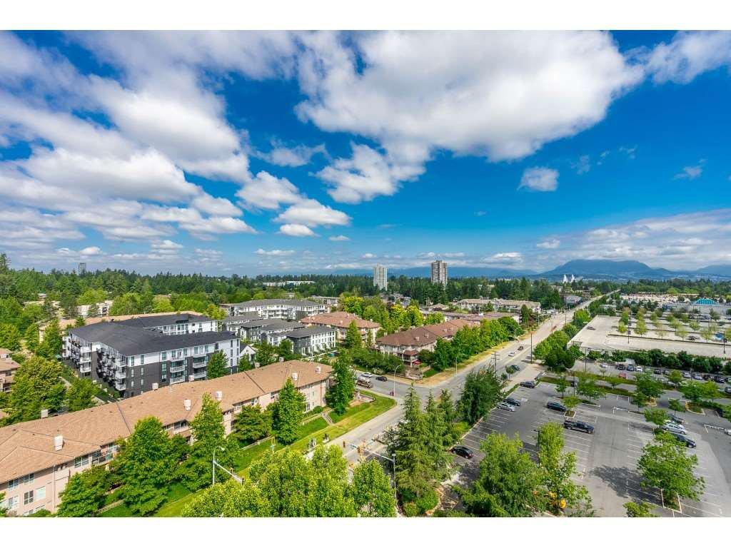 Main Photo: 1502 15030 101 Avenue in Surrey: Guildford Condo for sale (North Surrey)  : MLS®# R2363699