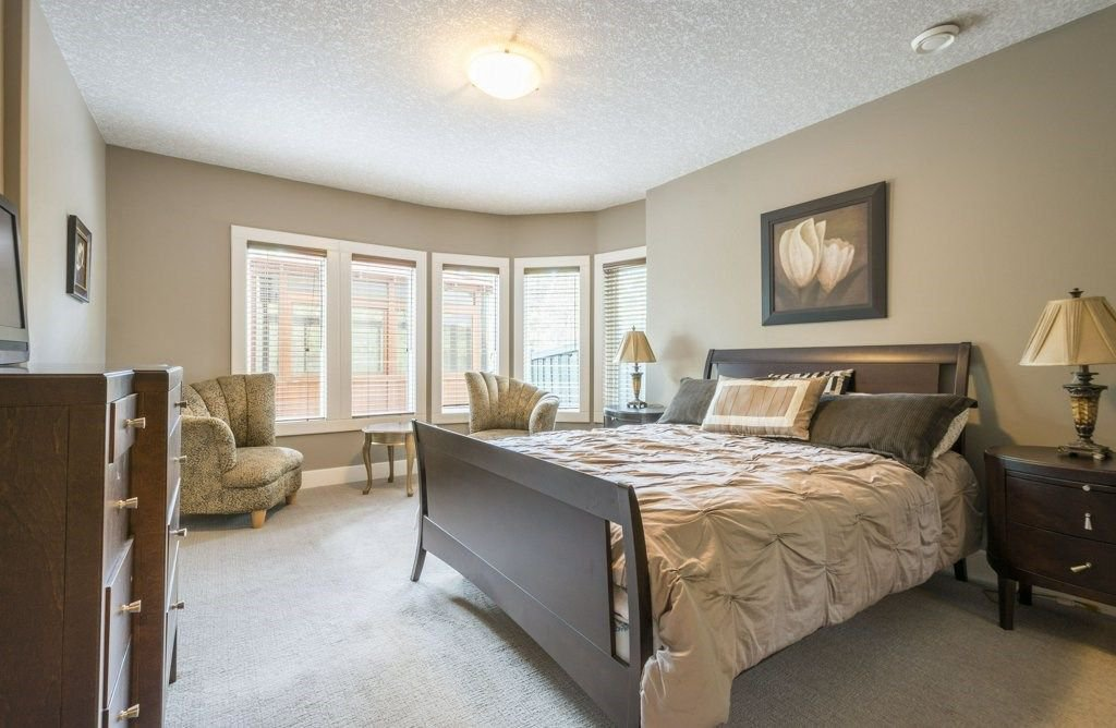 Photo 28: Photos: 1594 HECTOR Road in Edmonton: Zone 14 House for sale : MLS®# E4160153