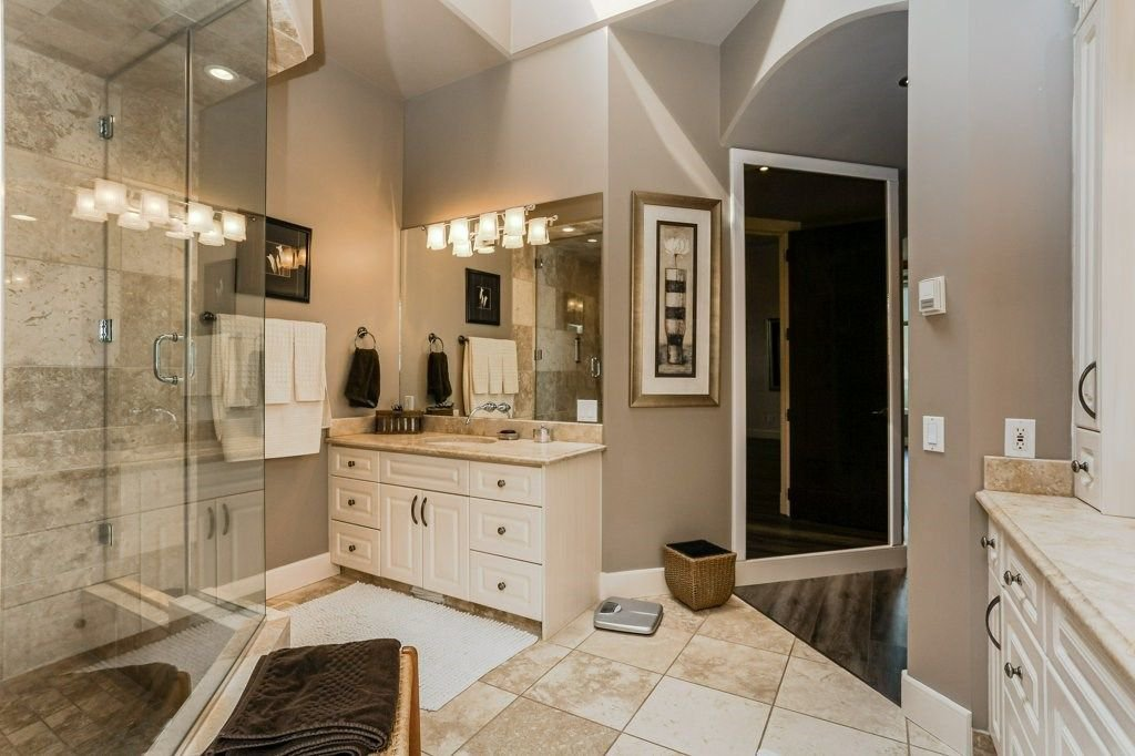 Photo 18: Photos: 1594 HECTOR Road in Edmonton: Zone 14 House for sale : MLS®# E4160153