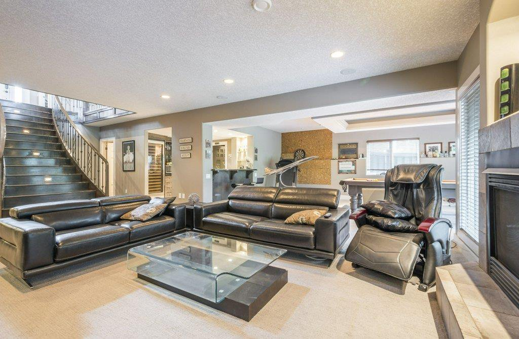 Photo 24: Photos: 1594 HECTOR Road in Edmonton: Zone 14 House for sale : MLS®# E4160153