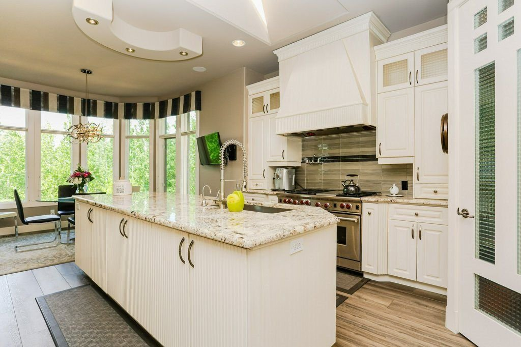 Photo 12: Photos: 1594 HECTOR Road in Edmonton: Zone 14 House for sale : MLS®# E4160153
