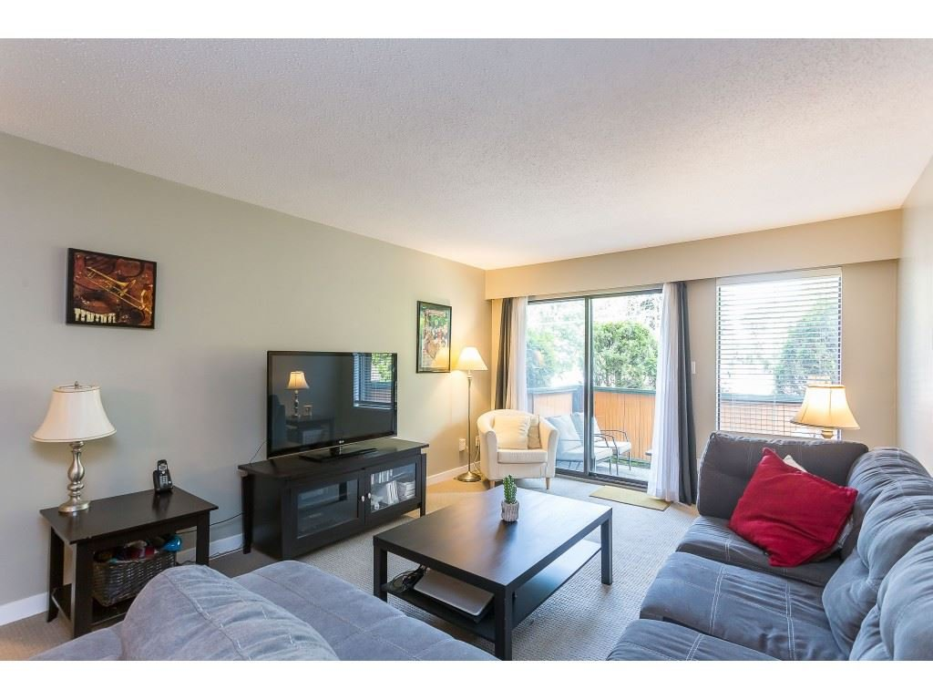 "Photo 9: Photos: 201 33450 GEORGE FERGUSON Way in Abbotsford: Central Abbotsford Condo for sale in ""Valley Ridge"" : MLS®# R2382823"