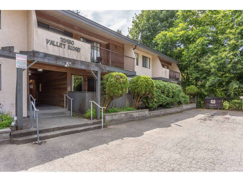 "Photo 1: Photos: 201 33450 GEORGE FERGUSON Way in Abbotsford: Central Abbotsford Condo for sale in ""Valley Ridge"" : MLS®# R2382823"
