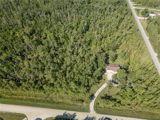 Main Photo: 1584 WHITETAIL Trail in Clandeboye: Netley Creek Residential for sale (R13)  : MLS®# 1917640