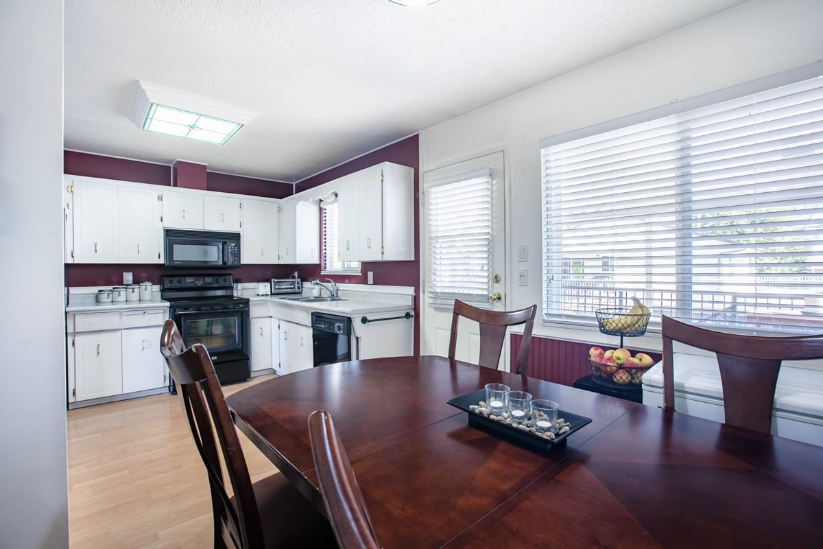Photo 10: Photos: 6726 140A Street in Surrey: East Newton House for sale : MLS®# R2391675