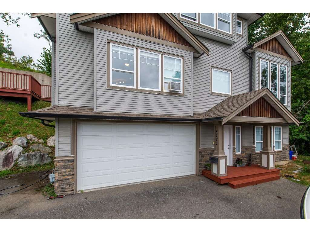 Main Photo: 8282 CADE BARR Street in Mission: Mission BC House for sale : MLS®# R2394502