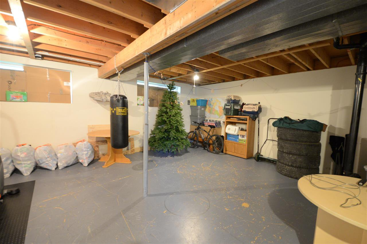 """Photo 7: Photos: 1462 - 1464 VILLAGE Avenue in Prince George: South Fort George House Triplex for sale in """"SOUTH FORT GEORGE"""" (PG City Central (Zone 72))  : MLS®# R2399099"""