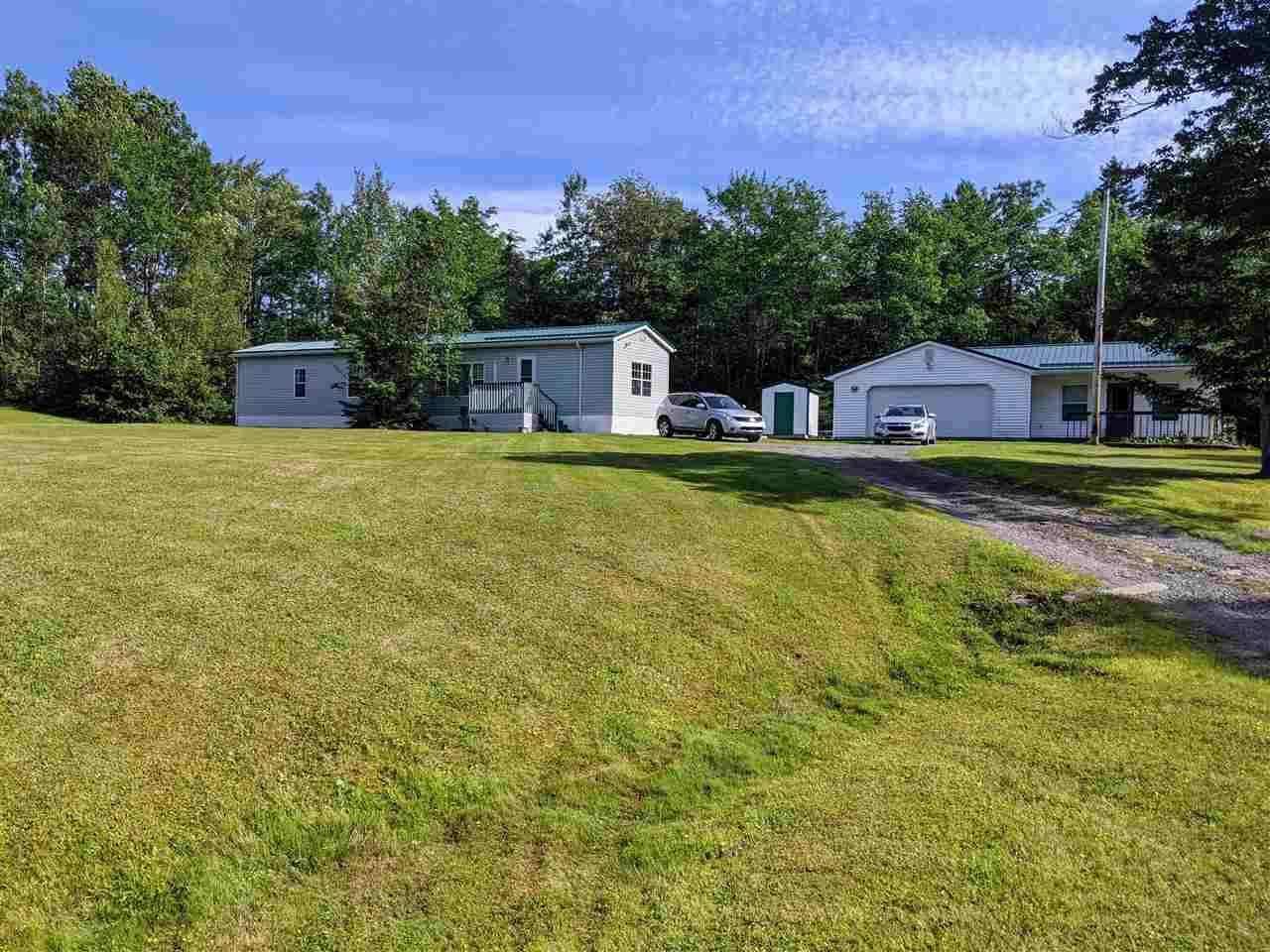 Main Photo: 3240 Indian Road in Mill Village: 105-East Hants/Colchester West Residential for sale (Halifax-Dartmouth)  : MLS®# 202013730