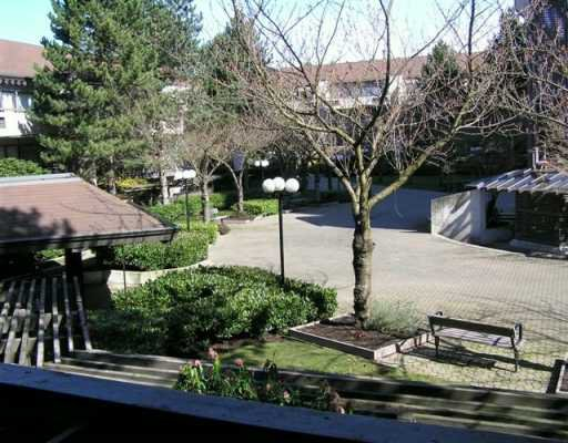 """Main Photo: 202 4363 HALIFAX ST in Burnaby: Central BN Condo for sale in """"BRENT GARDENS"""" (Burnaby North)  : MLS®# V582559"""