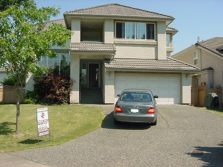 Main Photo: 20649 89A AV: House for sale (Walnut Grove)  : MLS®# 2416927