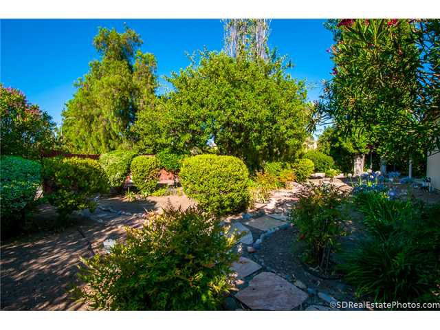Photo 11: Photos: POWAY House for sale : 3 bedrooms : 13271 Wanesta Drive