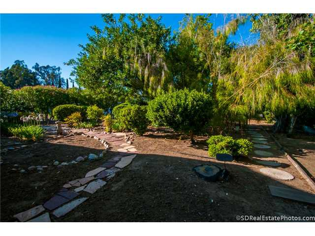 Photo 10: Photos: POWAY House for sale : 3 bedrooms : 13271 Wanesta Drive