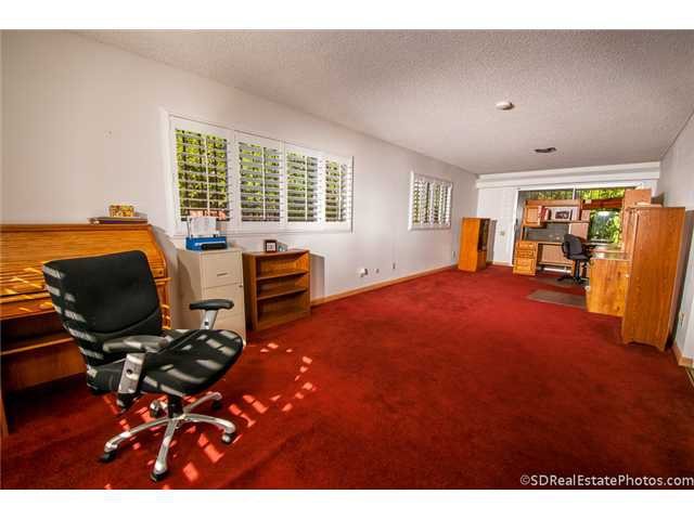 Photo 8: Photos: POWAY House for sale : 3 bedrooms : 13271 Wanesta Drive