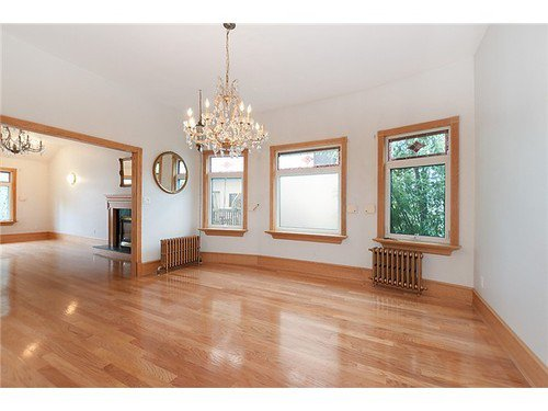 Photo 3: Photos: 3516 3RD Ave W in Vancouver West: Kitsilano Home for sale ()  : MLS®# V943502
