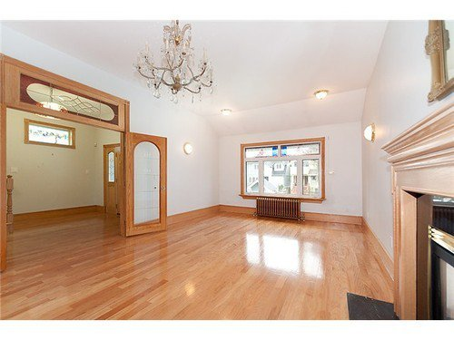 Photo 2: Photos: 3516 3RD Ave W in Vancouver West: Kitsilano Home for sale ()  : MLS®# V943502