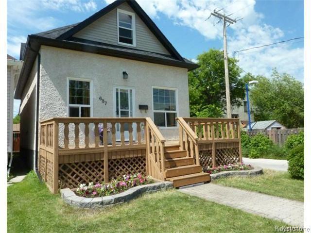 Photo 1: Photos: 687 Lyndale Drive in WINNIPEG: St Boniface Residential for sale (South East Winnipeg)  : MLS®# 1506395