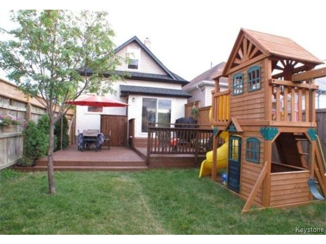 Photo 13: Photos: 687 Lyndale Drive in WINNIPEG: St Boniface Residential for sale (South East Winnipeg)  : MLS®# 1506395