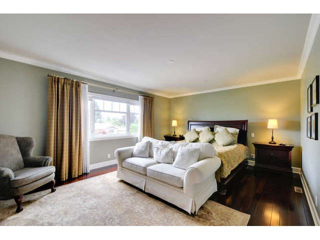 Photo 11: Photos: 13715 COLDICUTT Avenue: White Rock House for sale (South Surrey White Rock)  : MLS®# F1446716
