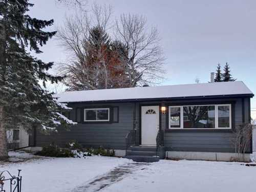 Main Photo: 14 ARMSTRONG Crescent SE in Calgary: Bungalow for sale : MLS®# C3546848