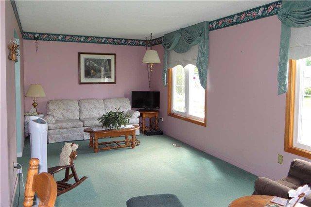 Photo 10: Photos: 107 Diane Drive: Orangeville House (Bungalow-Raised) for sale : MLS®# W3611218