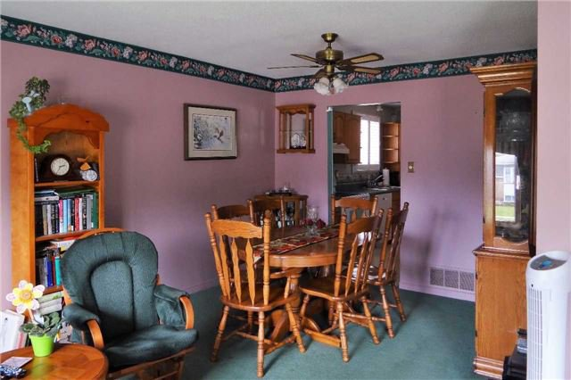 Photo 11: Photos: 107 Diane Drive: Orangeville House (Bungalow-Raised) for sale : MLS®# W3611218