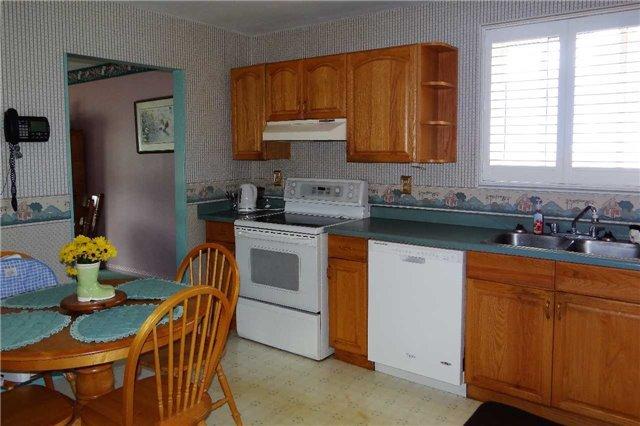 Photo 9: Photos: 107 Diane Drive: Orangeville House (Bungalow-Raised) for sale : MLS®# W3611218