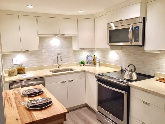 """Main Photo: 107 215 N TEMPLETON Drive in Vancouver: Hastings Condo for sale in """"PORTO VISTA"""" (Vancouver East)  : MLS®# R2120278"""