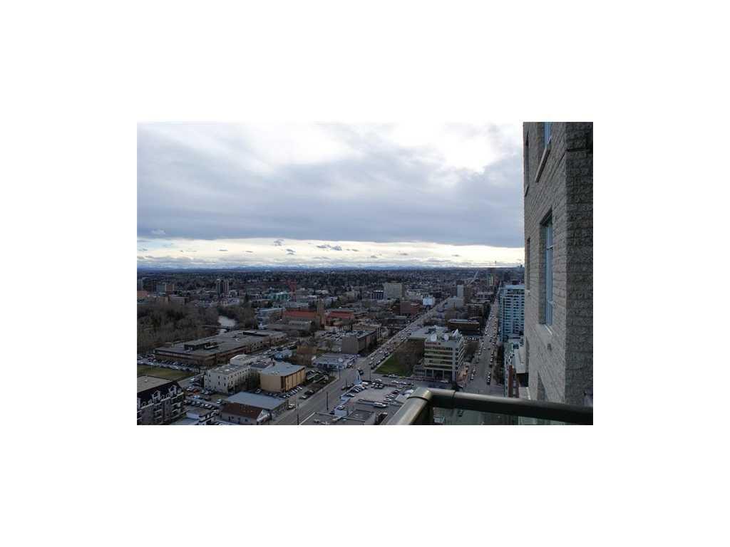 Main Photo: 2406 210 15 Avenue SE in Calgary: Beltline Condo for sale : MLS®# C3373895