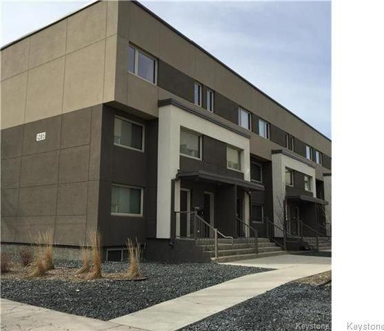 Main Photo: 3 1285 Troy Avenue in Winnipeg: Sinclair Park Condominium for sale (4C)  : MLS®# 1717570