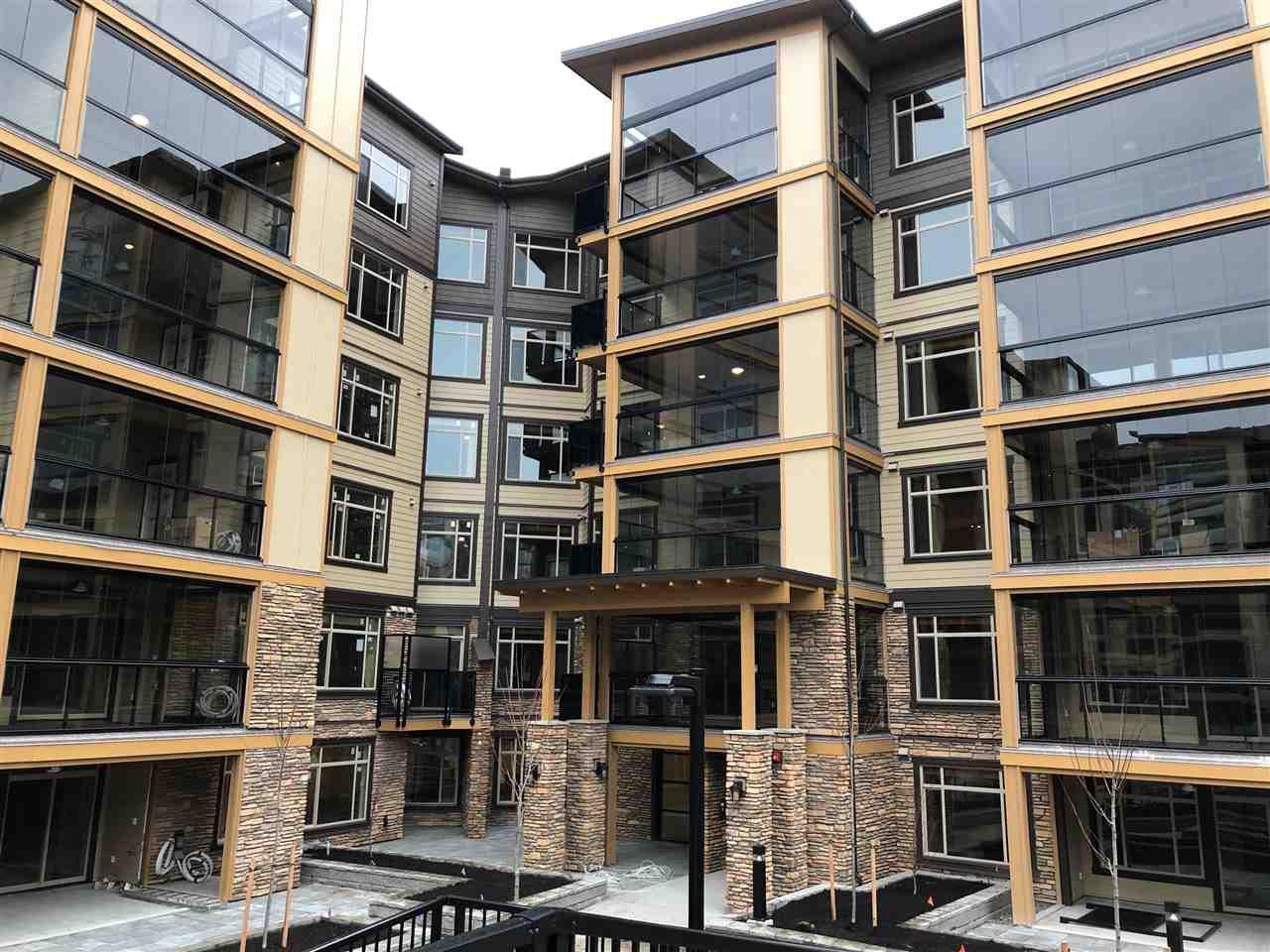 """Main Photo: 117 32445 SIMON Avenue in Abbotsford: Abbotsford West Condo for sale in """"LA GALLERIA"""" : MLS®# R2318755"""