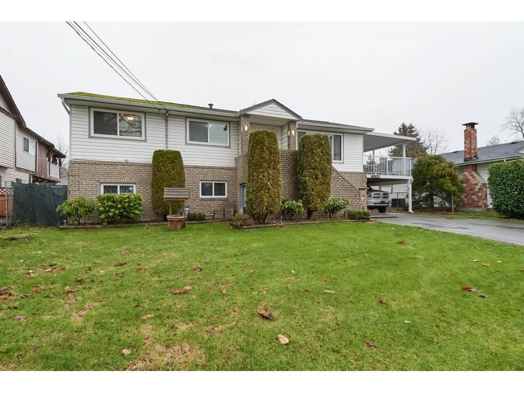 Main Photo: 15505 84 Avenue in Surrey: Fleetwood Tynehead House for sale : MLS®# R2327784