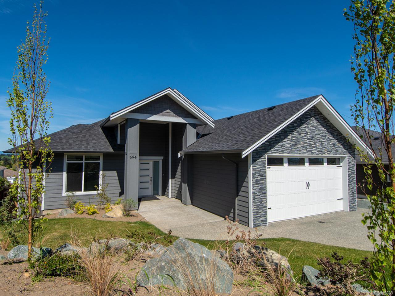 Main Photo: 694 MARINER DRIVE in CAMPBELL RIVER: CR Willow Point House for sale (Campbell River)  : MLS®# 813608