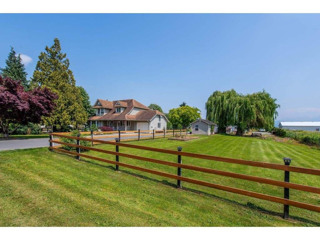 Main Photo: 6046 BLACKBURN Road in Sardis - Greendale: Greendale Chilliwack House for sale (Sardis)  : MLS®# R2370046