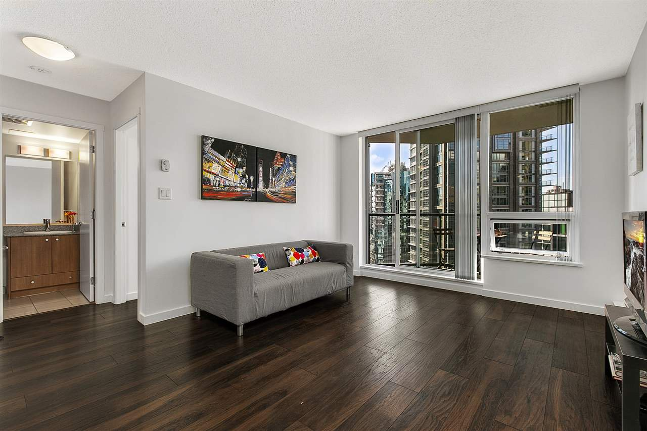 Main Photo: 1506 1212 HOWE Street in Vancouver: Downtown VW Condo for sale (Vancouver West) : MLS# R2382058