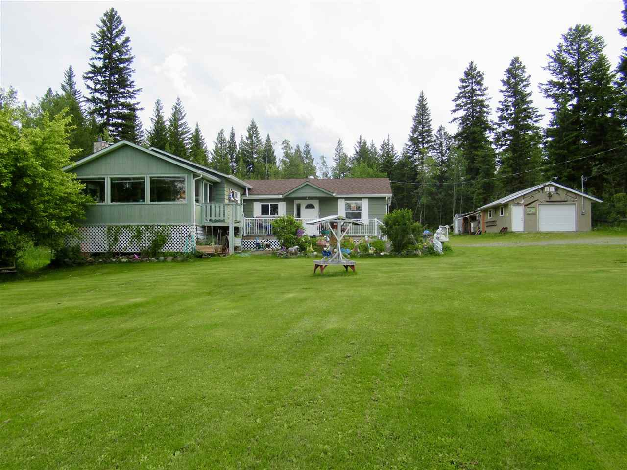 Main Photo: 3106 HORSEFLY Road: 150 Mile House House for sale (Williams Lake (Zone 27))  : MLS®# R2473067
