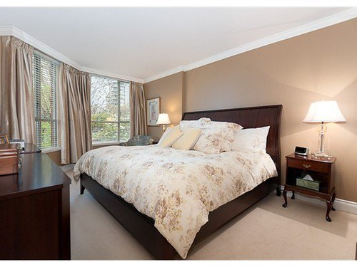 Photo 6: Photos: 5 2201 PINE Street in Vancouver West: Fairview VW Home for sale ()  : MLS®# V962874