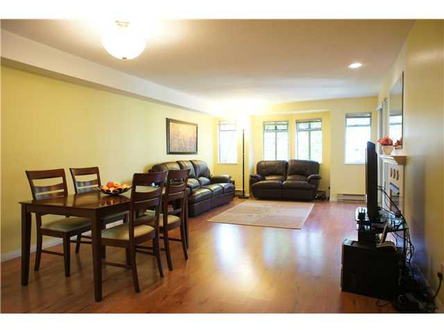 """Main Photo: 205 6735 STATION HILL Court in Burnaby: South Slope Condo for sale in """"COURTYARDS"""" (Burnaby South)  : MLS®# V1068430"""
