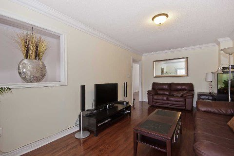 Photo 20: Photos: 11 1591 South Parade Court in Mississauga: East Credit Condo for sale : MLS®# W3071204