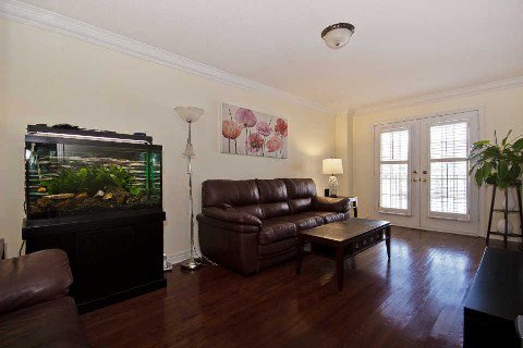 Photo 2: Photos: 11 1591 South Parade Court in Mississauga: East Credit Condo for sale : MLS®# W3071204
