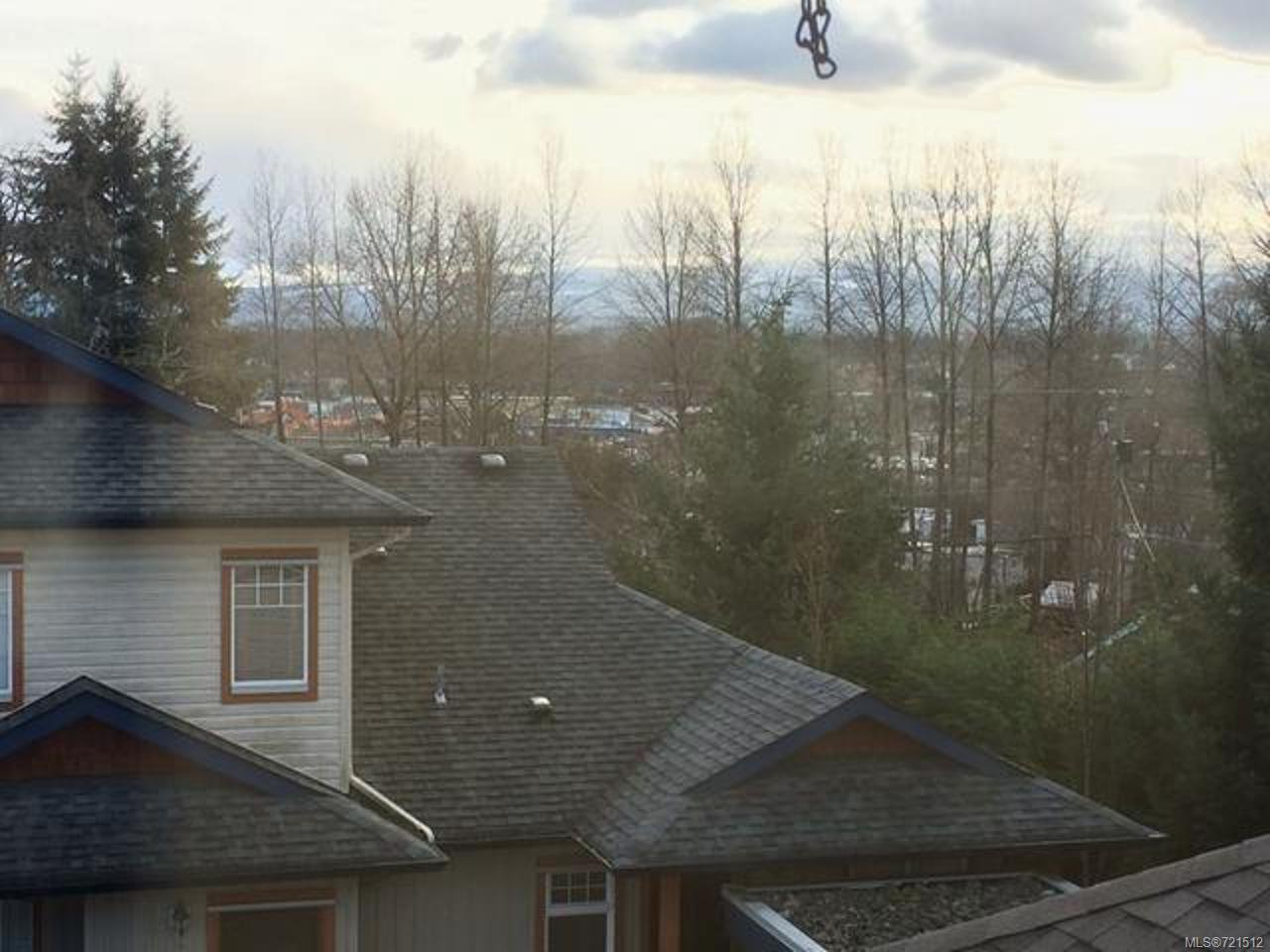 Main Photo: 321 930 BRAIDWOOD ROAD in COURTENAY: CV Courtenay East Row/Townhouse for sale (Comox Valley)  : MLS®# 721512