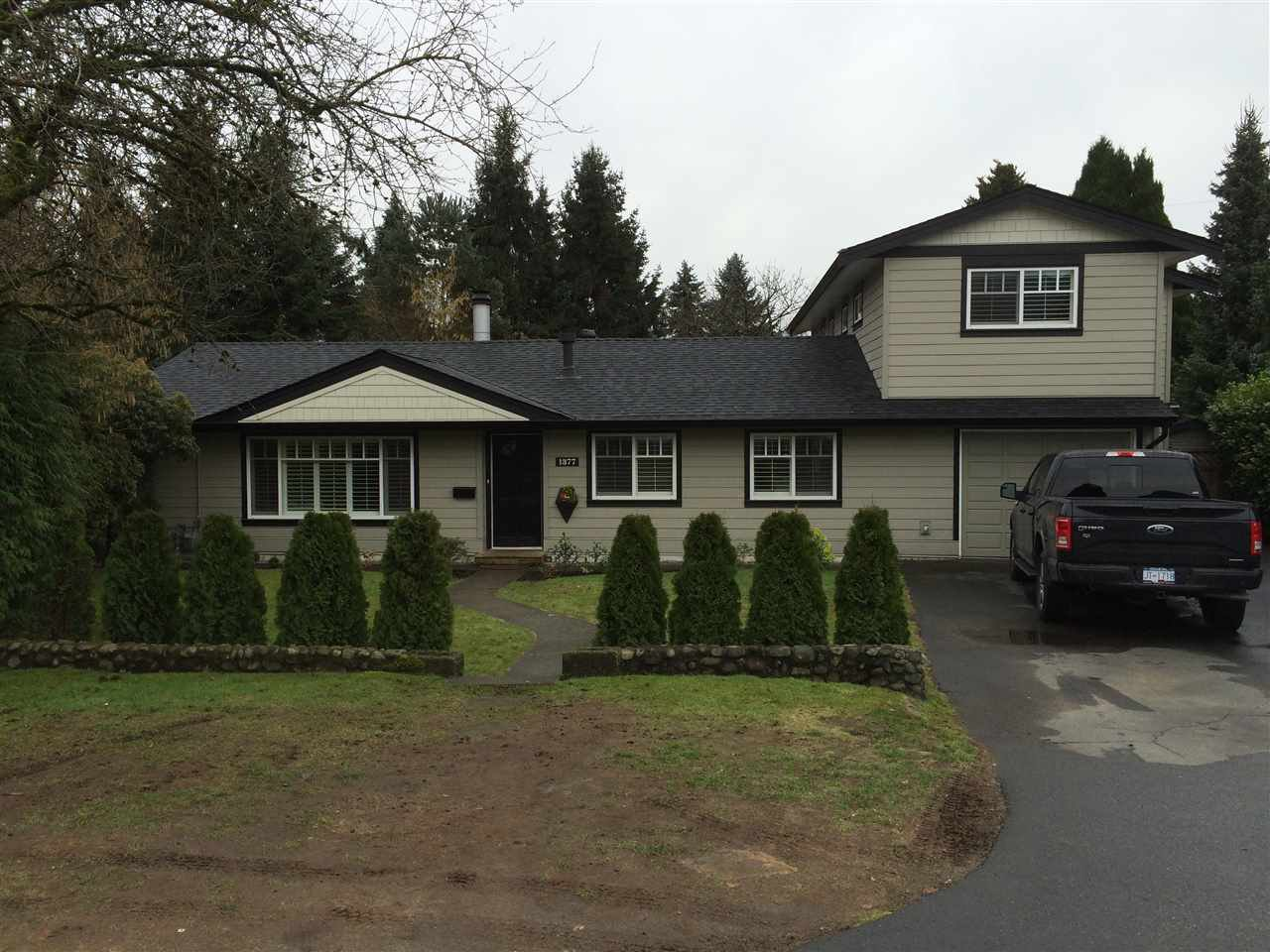 "Main Photo: 1377 COTTONWOOD Crescent in North Vancouver: Norgate House for sale in ""NORGATE"" : MLS®# R2034774"