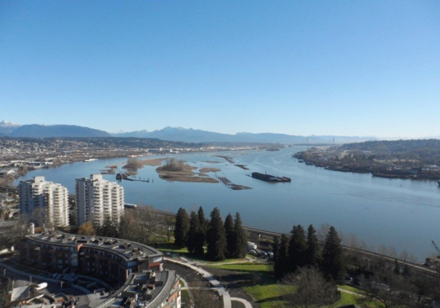 """Main Photo: 2003 11 E ROYAL Avenue in New Westminster: Fraserview NW Condo for sale in """"VICTORIA HILL HIGHRISE RESIDENCES"""" : MLS®# R2045382"""
