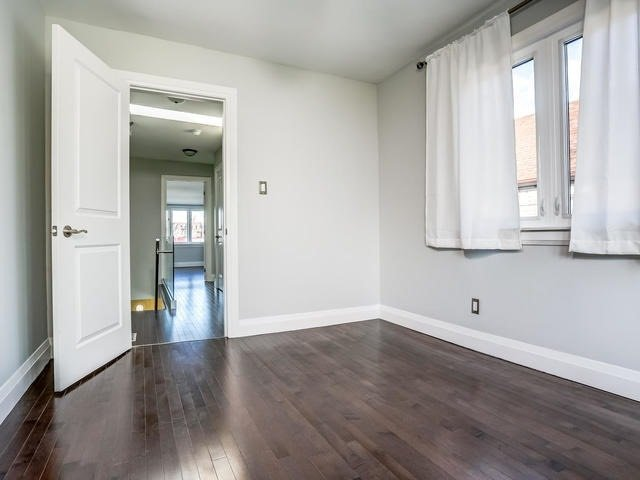 Photo 5: Photos: 2341 E Gerrard Street in Toronto: East End-Danforth House (2-Storey) for lease (Toronto E02)  : MLS®# E3446045