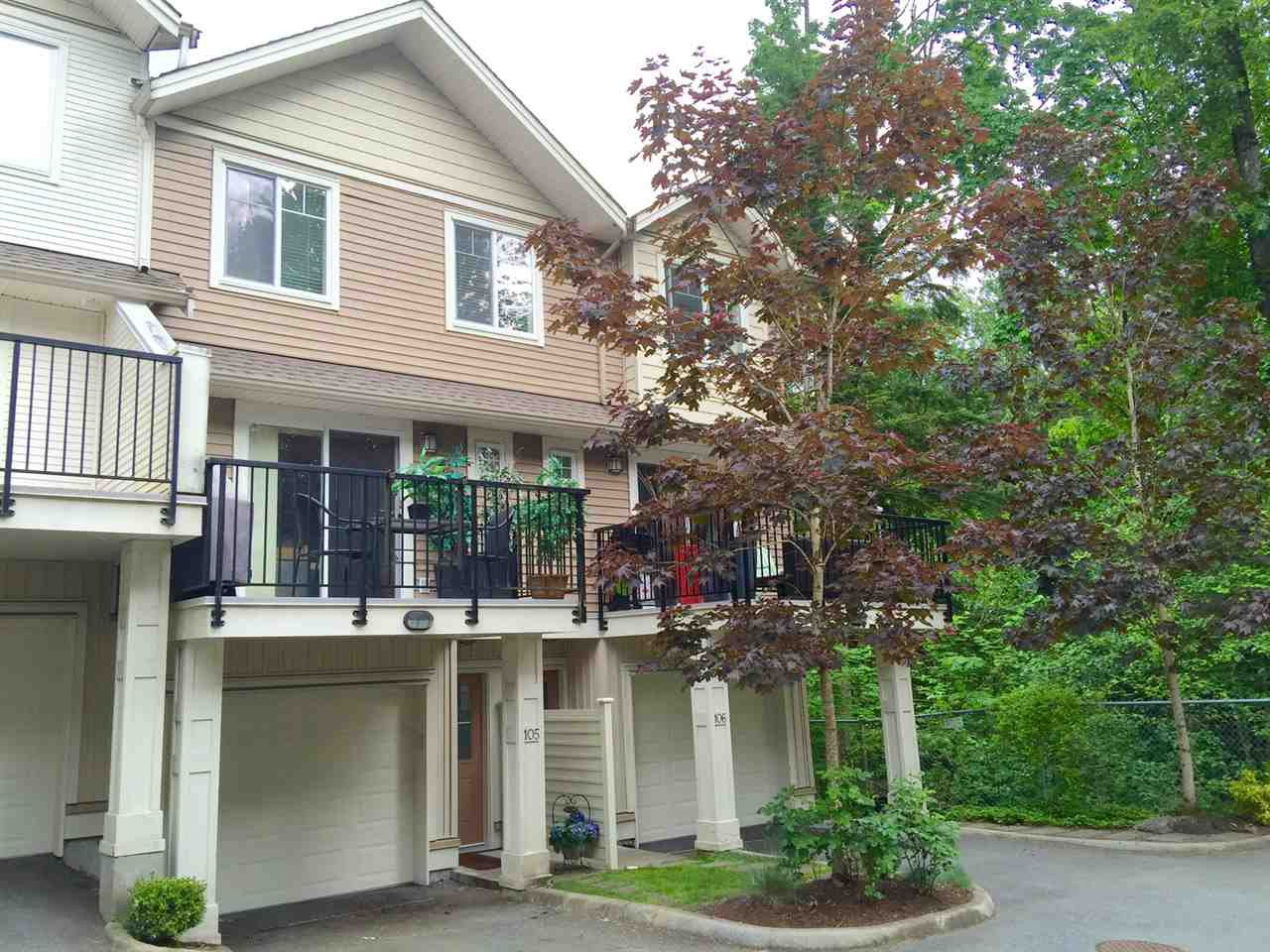 """Main Photo: 105 4401 BLAUSON Boulevard in Abbotsford: Abbotsford East Townhouse for sale in """"SAGE"""" : MLS®# R2067608"""